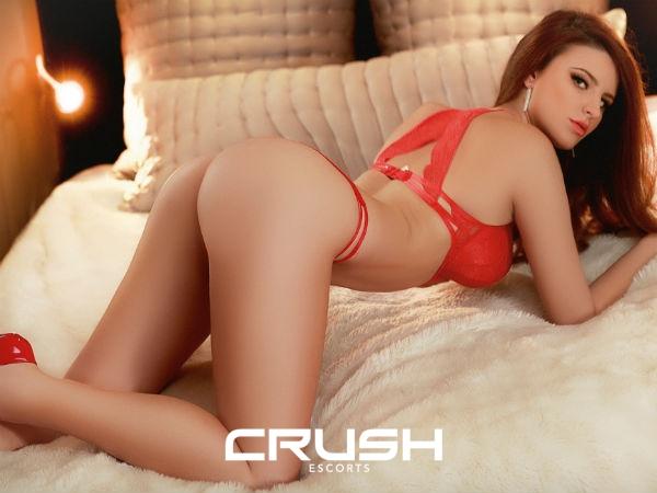 fodendo crush escorts