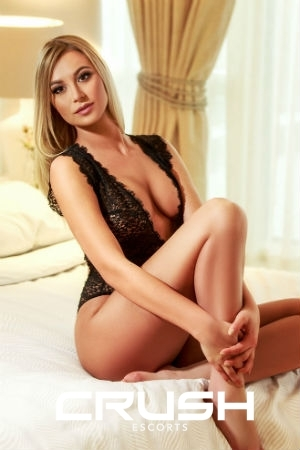 Blonde Girls - Simba - Crush Escorts